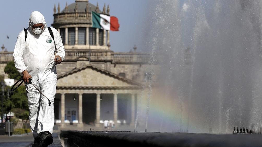 México acumula más de 2,3 millones contagios y 212.306 muertos desde el inicio de la pandemia.