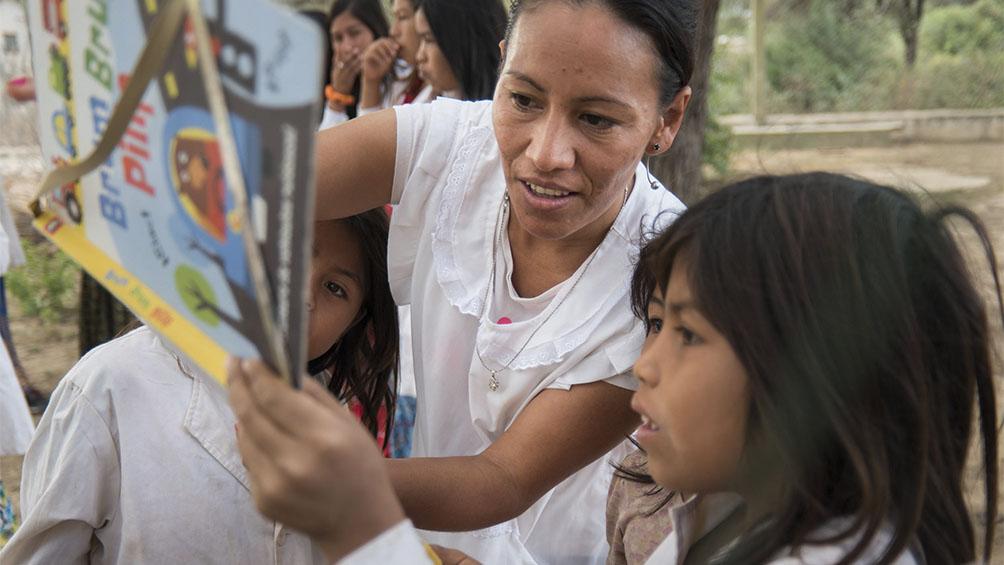 Traducen medidas preventivas por el coronavirus a lenguas originarias