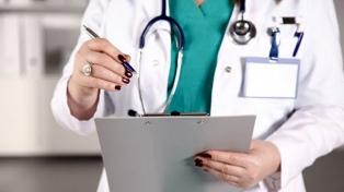 Una médica denunció al consorcio donde vive por prohibirle transitar el edificio