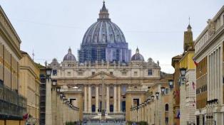 Arrestan en Milán a una mujer acusada de lavar 500.000 euros del Vaticano