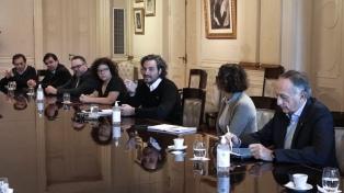 """Cafiero afirmó que el Gobierno """"no está dispuesto a aplicar un ajuste"""" para pagar la deuda"""