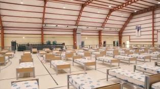 Una empresa donó mil camas para sumar a los centros no hospitalarios