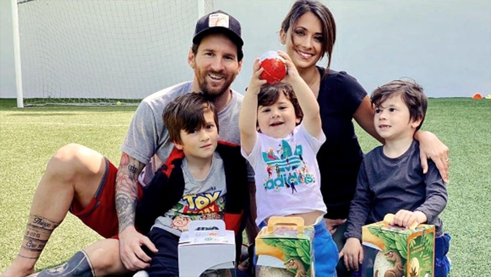 Los Messi en pleno en su casa de Castellsdefels.