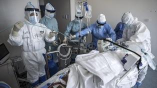 """Después del error de China, la OMS pide a gobiernos revisar """"lo antes posible"""" cifras de coronavirus"""