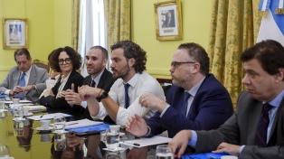 Delibera el gabinete económico y se suman los ministros de Salud y Educación