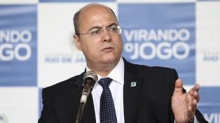 La Policía allanó la residencia del gobernador de Río de Janeiro y Bolsonaro la felicitó
