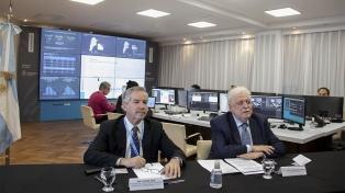 Solá y González García analizan políticas conjuntas con sus pares de Chile