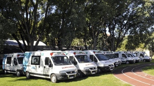 """Recuperaron 24 ambulancias """"abandonadas"""" por la gestión de Vidal"""