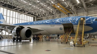 Aerolíneas Argentinas confirmó el segundo vuelo a China para traer insumos médicos