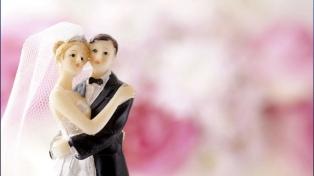 El amor desafía al aislamiento: habrá bodas virtuales en Nueva York