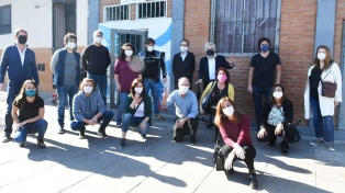Legisladores del Frente de Todos donaron alimentos a curas villeros del Bajo Flores