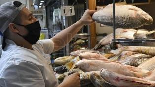 Acuerdan impulsar el consumo de pesca interno y la industrialización