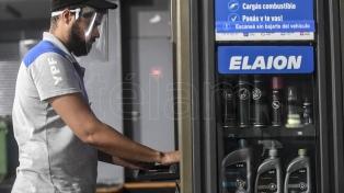 """Moroni afirmó que el Gobierno """"no va a homologar"""" un recorte salarial a los trabajadores en actividad"""