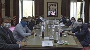Kicillof creó un fondo especial para asistir a municipios por el coronavirus