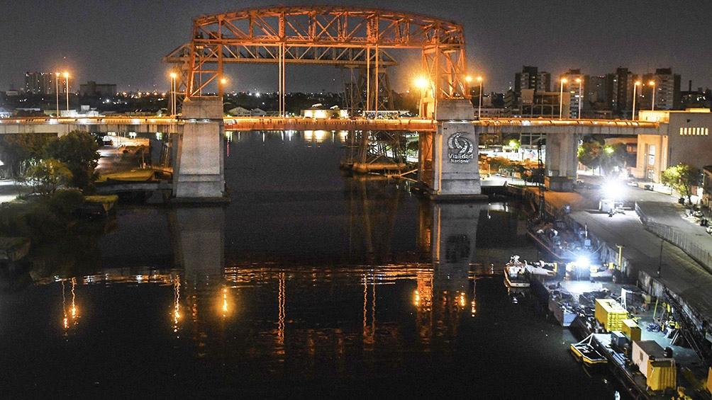 El Nicolás Avellaneda es el único puente transbordador del continente americano.