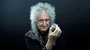 "Brian May versionó ""I'm a Woman"" a beneficio de la lucha contra el cáncer de mama"