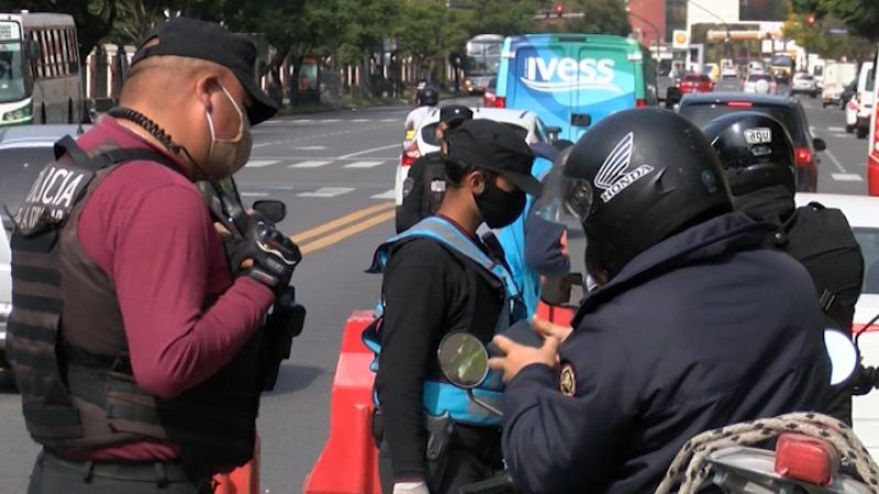 Hasta el 29 de mayo regirán los actuales permisos para circular a los exceptuados de la cuarentena - Télam - Agencia Nacional de Noticias