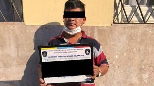 Cinco detenidos por venta de drogas en tres barrios porteños