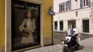 """En Italia, las marcas de lujo se preparan para el """"día después"""" de la pandemia"""