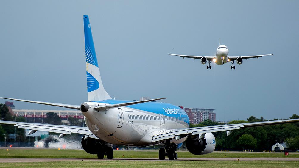 Autorizaron a las líneas aéreas a reprogramar sus vuelos a partir de septiembre