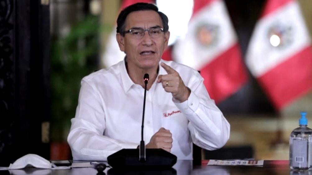 El presidente peruano está acusado de haber recibido coimas por contratos de obras públicas.