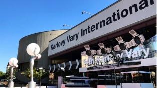 Se cancela el Festival de Karlovy Vary, pero programa proyecciones en cines e internet