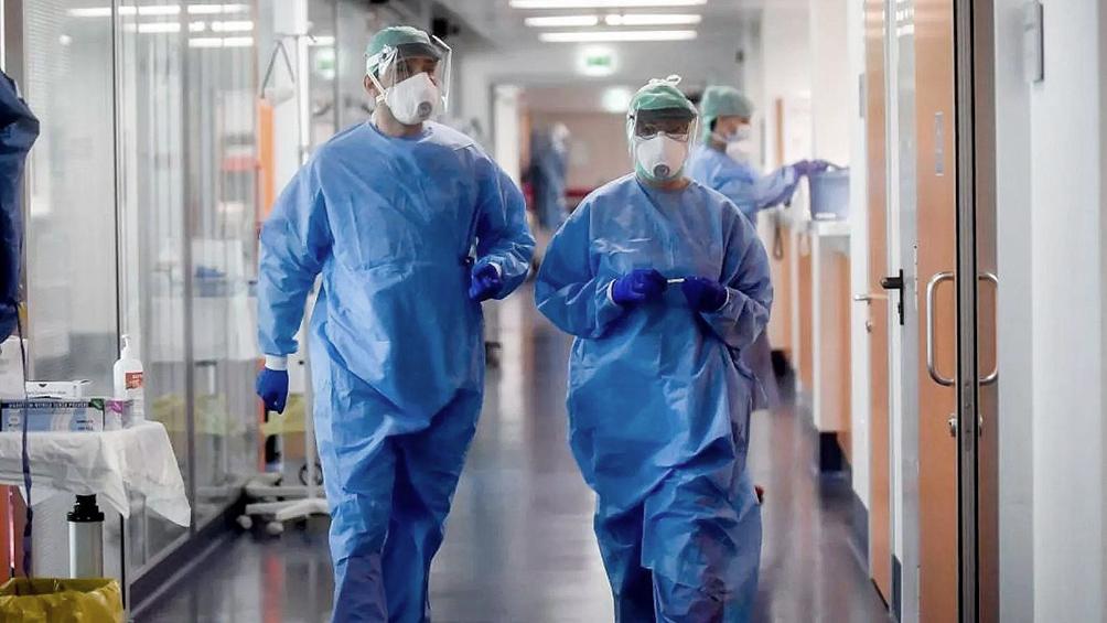 En la Ciudad, se realizarán testeos periódicos al personal de salud