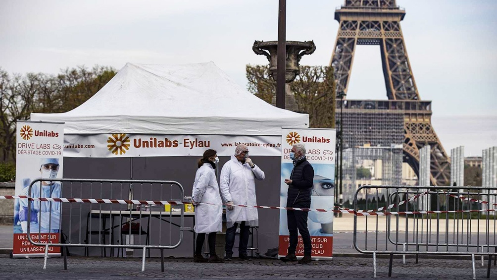 En Francia, la cantidad de pacientes en las unidades de terapia intensiva podría alcanzar los niveles de la primera ola