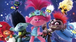 """""""Trolls 2"""" recauda 100 millones con su estreno online e iguala a los cines"""