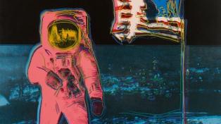 Obras de Andy Warhol ayudaron a marcar el récord de recaudación en una subasta online