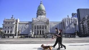 El oficialismo consiguió dictamen de mayoría para avalar decretos en comisión bicameral