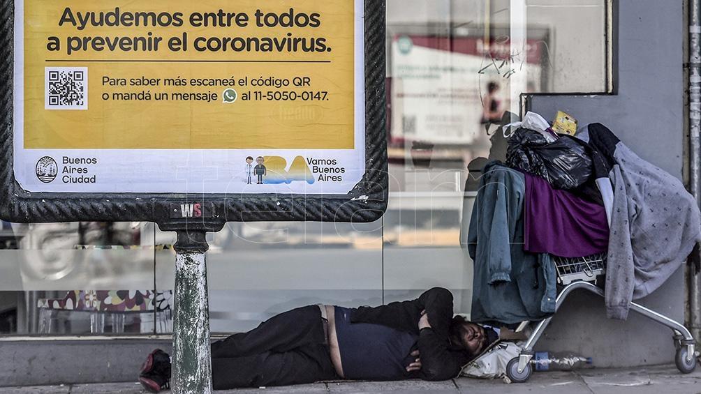 """Creemos que es una inmoralidad que vivan en la calle 7251 personas"""", aseguró Valdés."""