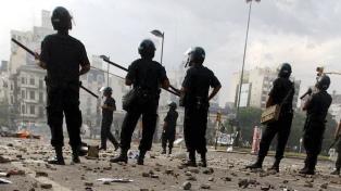 Revocan sobreseimientos y reabren investigación a policías por represión del 2001