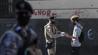 Chile extiende el toque de queda nocturno ante el aumento de contagios