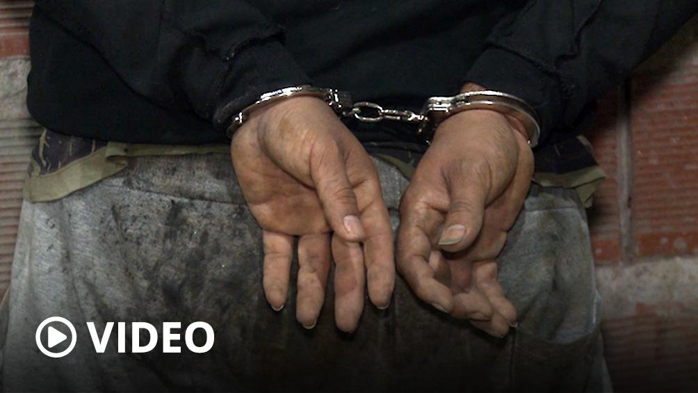 Detienen al acusado de abusar de una niña y de amenazar con matar a su padre si lo denunciaba