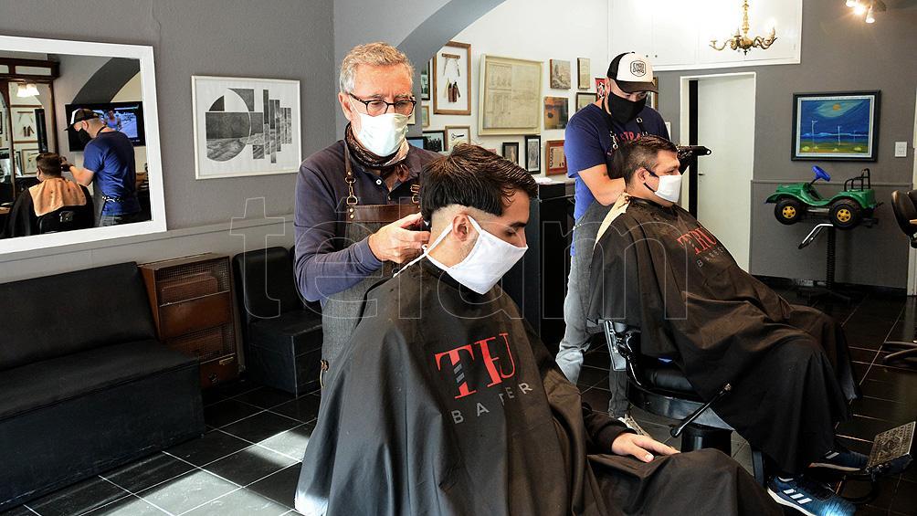 Abren en Santa Fe las peluquerías por un período de prueba de 10 días