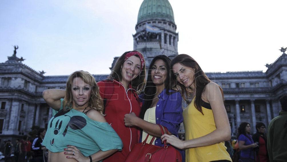 La normativa reconoce la identidad autopercibida de las personas del colectivo trans sin requisitos médicos y desde una perspectiva despatologizadora. Foto: Julián Álvarez (Télam)