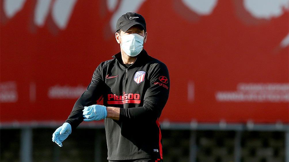 Simeone renueva la esperanza de contar con Cavani en Atlético de Madrid