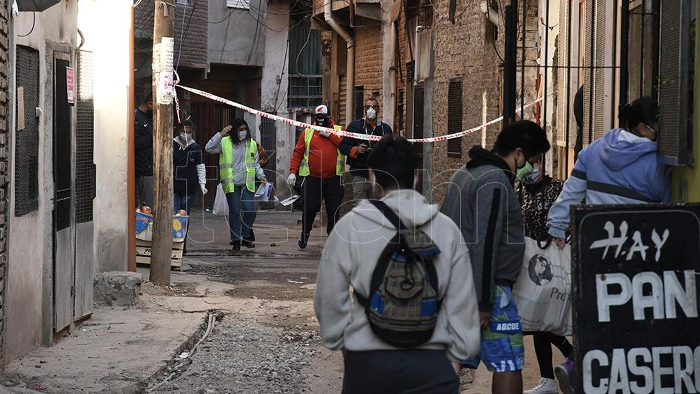 Reportaron tres muertos y 192 nuevos casos en barrios vulnerables porteños