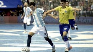 Argentina arrancó la defensa del título mundial con un 11-0 sobre Estados Unidos