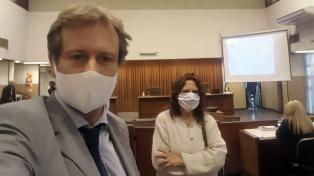 Tras 57 días de suspensión por la pandemia, se reanudó el juicio por el crimen de Anahí Benítez