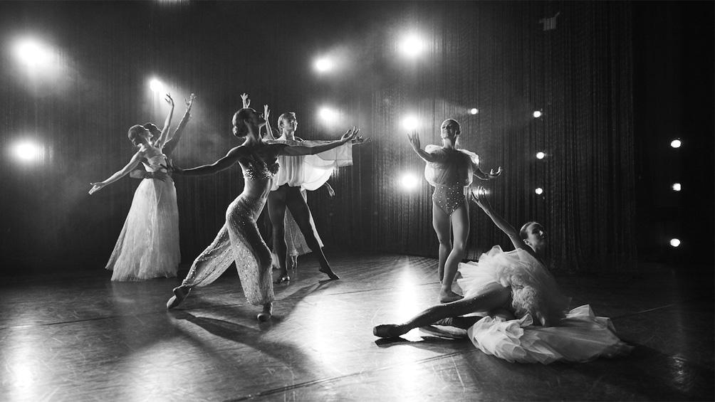 El American Ballet Theatre celebra 80 años con bailes hogareños por YouTube