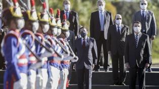 Bolsonaro acuerda ayuda a los gobernadores por la pandemia y congela salarios a estatales