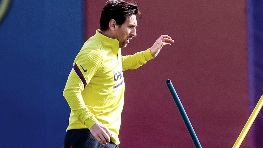 Messi, recuperado de una molestia, se entrenó con el plantel del Barcelona