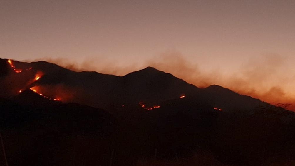 Esta mañana se reactivó el foco en Cuatro Esquinas y El Volcán, en zona del complejo residencial Terralta.