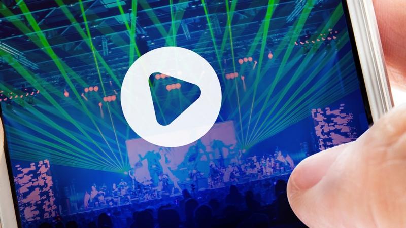 Polémica por el impuesto de Sadaic a recitales por streaming - Télam - Agencia Nacional de Noticias
