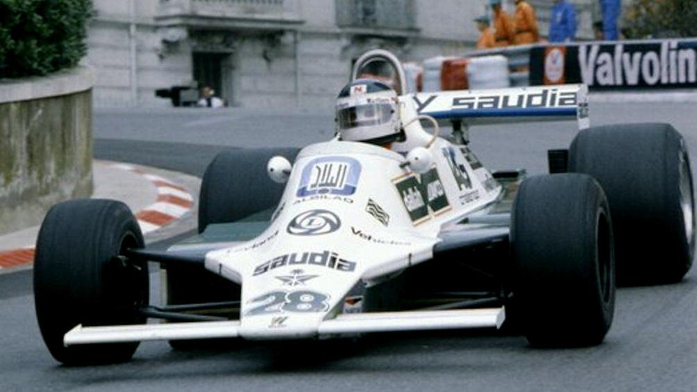 Con su Williams, en el circuito callejero de Mónaco, en 1981 (AFP).