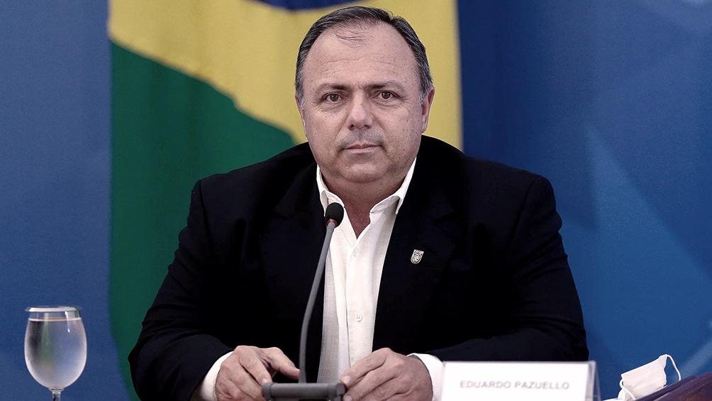 El ministro de Salud de Brasil admitió que no buscan la inmunización completa sino la dismunición de contagios.