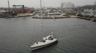 Impiden el amarre de un velero francés que ingresó al puerto de Mar del Plata