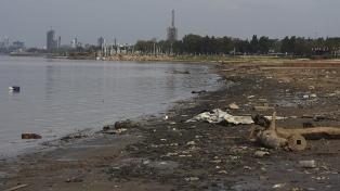 Creció la altura del Paraná, pero se mantiene cerca de su menor caudal histórico